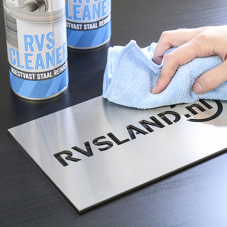 Onderhoud van RVS met RVS Cleaner Spray - RVS Blog